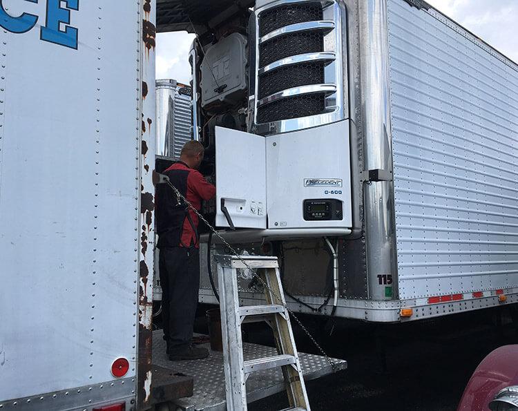 Diagnostic & Mechanical Repair Services | DM Truck and Trailer